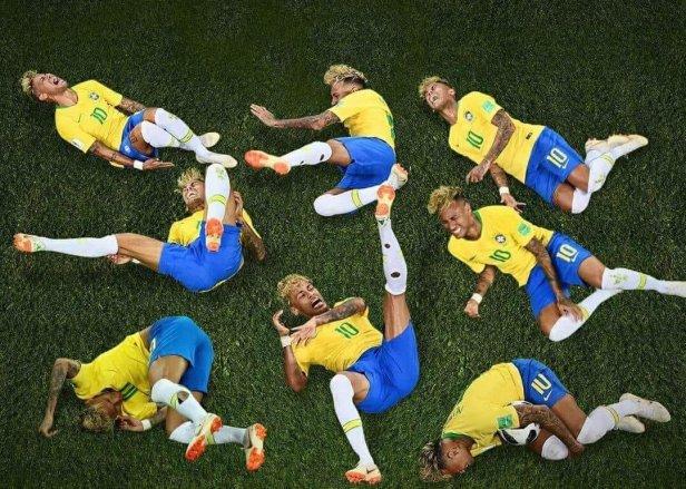 Neymar Yoga